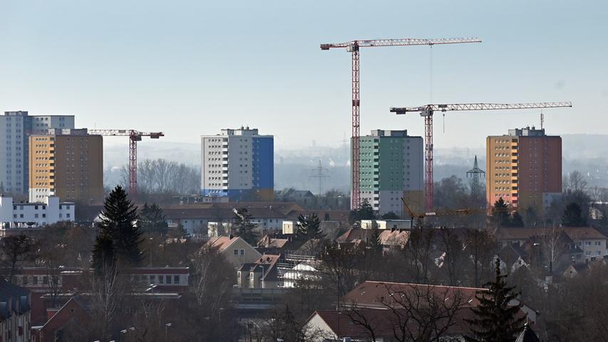 Blick von der Hugenottenkirche zur Isarstraße