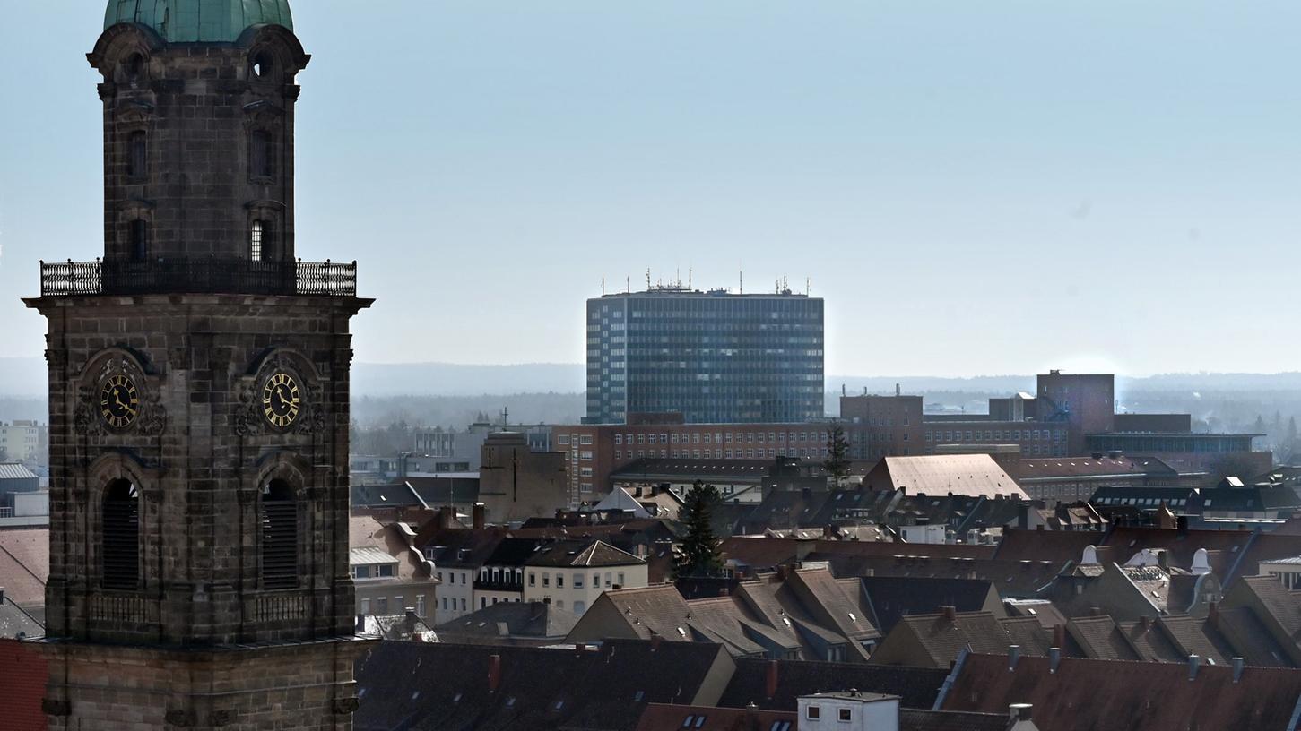 DieRedaktionen der Erlanger Nachrichten und der Nordbayerischen Nachrichten fusionieren, es gibt eine gemeinsame Ausgabe für die Stadt Erlangen und den Landkreis Erlangen-Höchstadt.