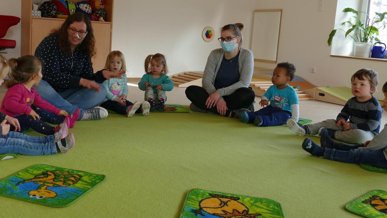 Die neue Kinderkrippe in Ettenstatt ist vor wenigen Wochen in Betrieb gegangen. Schon jetzt sind elf der zwölf Plätze belegt. Aufgenommen werden Kinder im Alter von bis zu drei Jahren.
