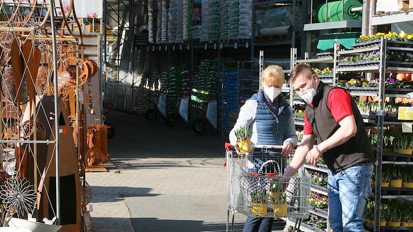 Wiedereröffnung Geck Baumarkt, Gasseldorf; Foto von: Marquard Och,  Datum: 01032021