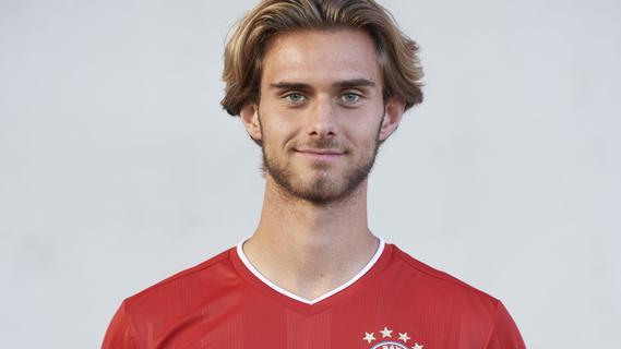 Toptalent Luca Denk bis 2024 beim FC Bayern München