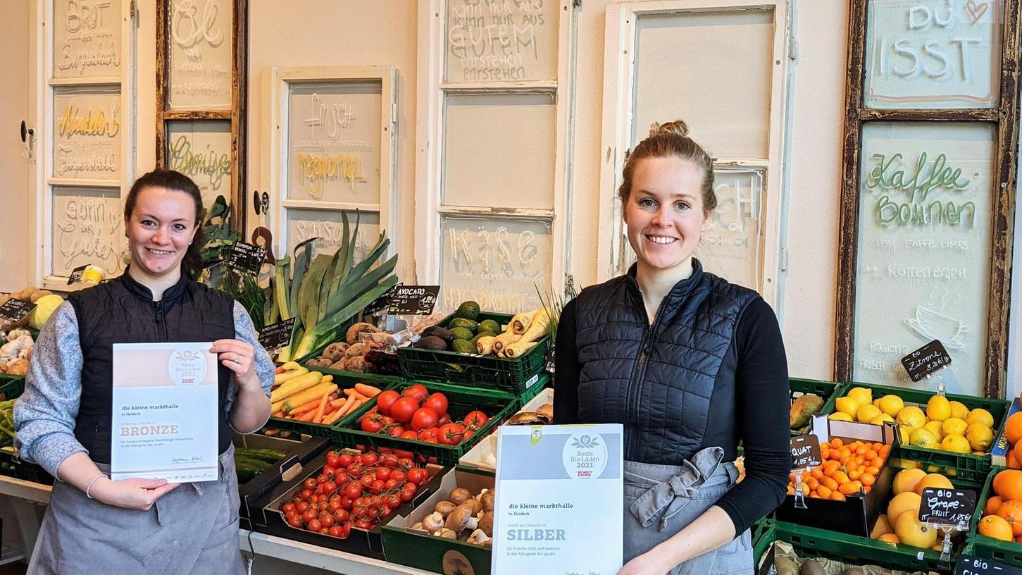 """Ausgezeichnet! In Heideck wurde """"die kleine markthalle"""" als einer der 140 besten Bio-Läden in Deutschland für ihre frischen Produkte mit Medaillen belohnt."""