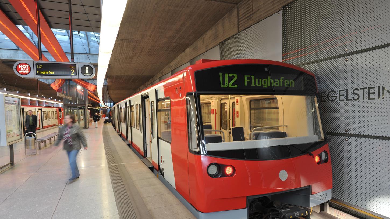Die U-Bahnen fahren im Sommer wegen Sanierungsarbeiten nicht wie gewohnt.