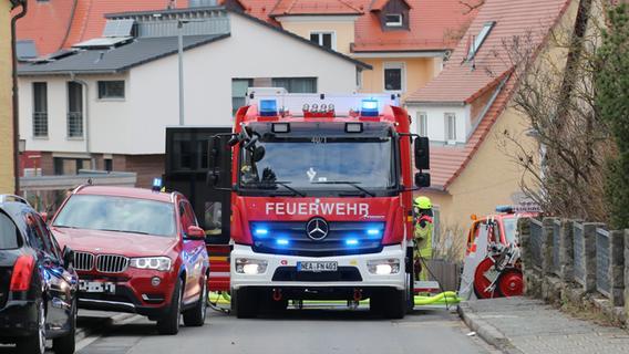 Feuer in Wohnhaus: Frau in Neustadt lebensgefährlich verletzt