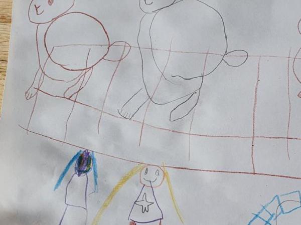 Es gibt auch Positives aus dem Corona-Jahr: Vivian beispielsweise erinnert sich an ihr Geburtstagsgeschenk, die zwei Zwergwidder-Kaninchen. Und außerdem nutzte die Familie den Sommer, um einen Pool anzulegen.