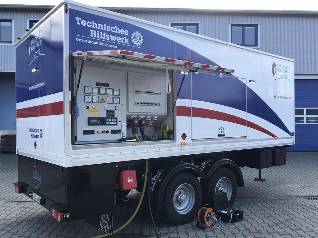 Das größte mobile Notstromaggregat im Landkreis steht als Lkw-Anhänger beim Forchheimer THW und schafft 400 kVA. Nach der Anforderung dauert es rund 45 Minuten zuzüglich Fahrtzeit, dann kann es etwa ein Seniorenheim mit Strom versorgen.