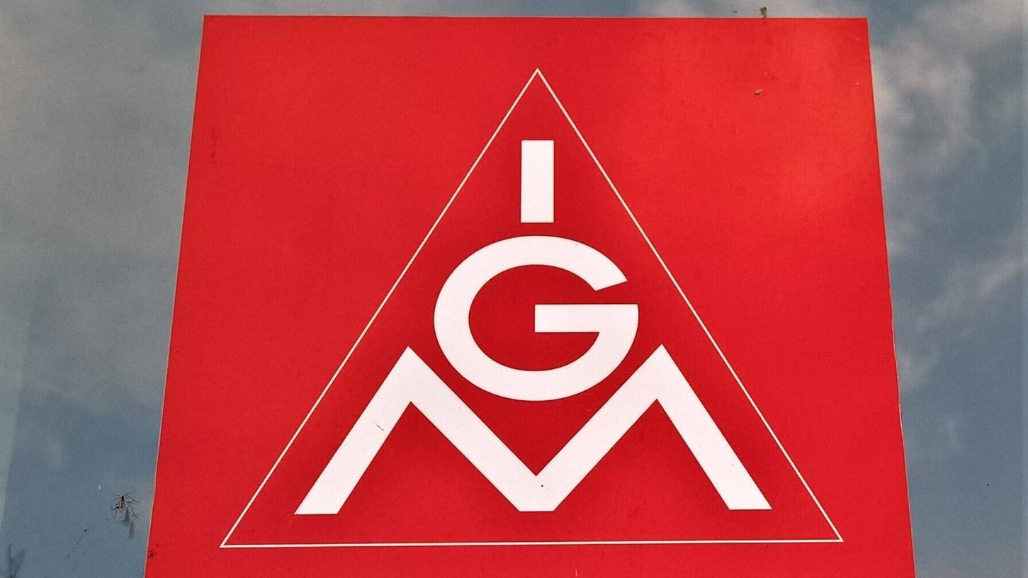Schulte & Schmidt will in Nürnberg 90 Mitarbeiter entlassen, Gespräche mit der Gewerkschaft IG-Metall laufen.
