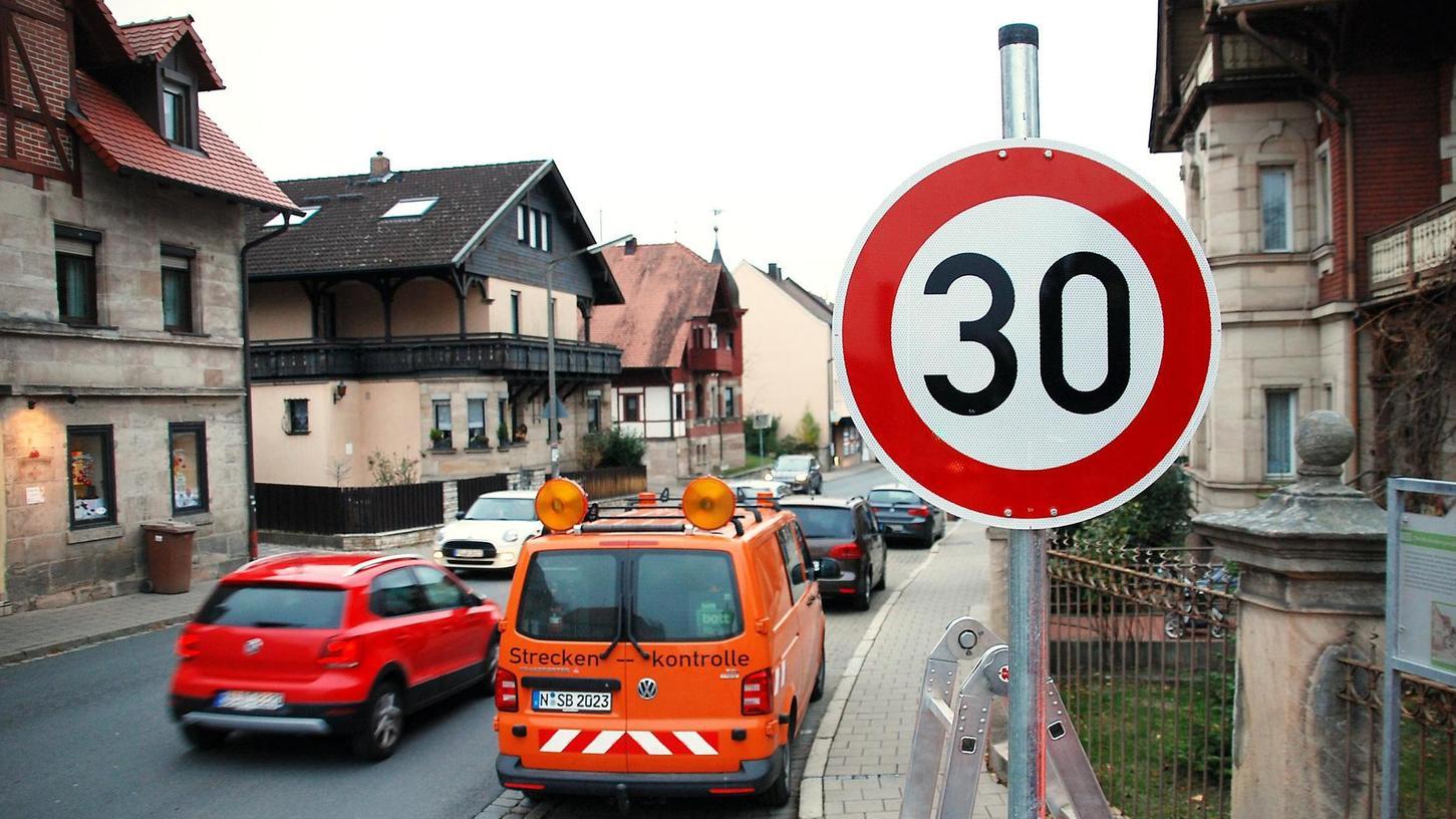 Dieses Schild wünschen sich nicht nur die Cadolzburger Kommunalpolitiker bald wieder in der Hindenburgstraße. Auch die Rückmeldungen vieler Bürger zum Modellversuch waren positiv.