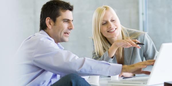 Glücksforscher erklärt, wie der Beruf zufrieden macht