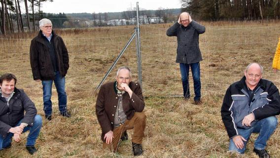 In Schwanstetten bringt ein Verein Landwirte auf die Palme