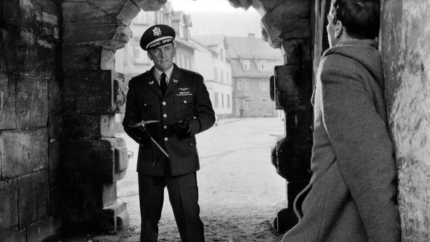 Kirk Douglas kam für den Dreh des Films