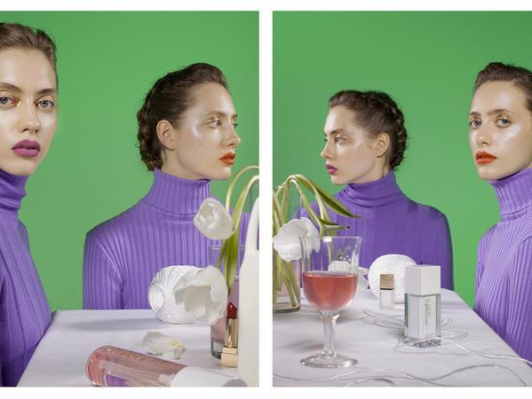 Dass es sich um Zwillinge handelt, das sieht man erst auf den zweiten Blick: Fotografien von Barbara Probst in der Kunsthalle Nürnberg.