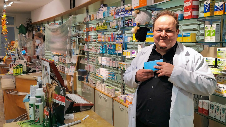 Dr. Gerhard Rubner ist vom Gesundheitsminister enttäuscht, weil dieser zwar Schnelltests in den Apotheken forcieren möchte, aber nicht für einen rechtzeitigen Impfschutz des Personals gesorgt oder geworben hat.