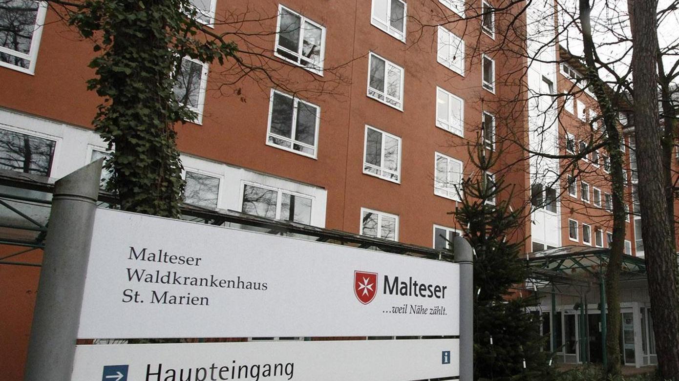 Im Malteser Waldkrankenhaus St. Marien in Erlangen wird sich bei der Behandlung der Patienten in der Orthopädie nichts ändern, sagt die Geschäftsführung.