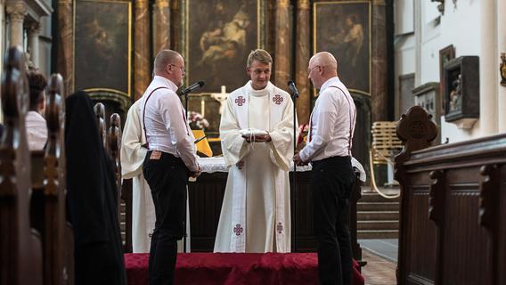 Nürnberger Pfarrer: Wir wollen homosexuelle Paare segnen