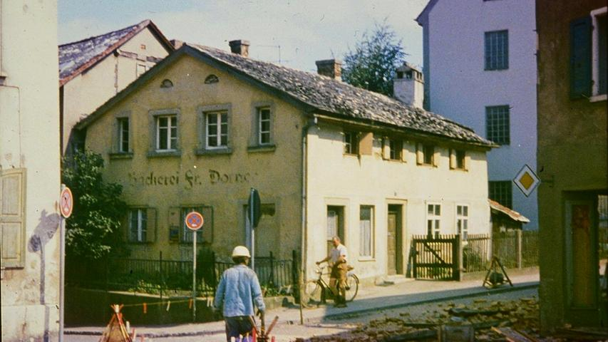 Das Jurahaus der ehemaligen Bäckerei Dorner in der Treuchtlinger Kanalstraße gegen Ende des vorigen Jahrhunderts.