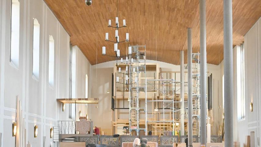 Wie im letzten Jahr sollen Ostermessen auch in 2021 entfallen, zumindest wenn es nach dem Willen der Bund-Länder-Konferenz geht. Die Kirchen sprechen sich dagegen aus und verweisen auf ihre Hygiene-Konzepte. Eine endgültige Entscheidung über Präsenz-Gottesdienste steht noch aus.