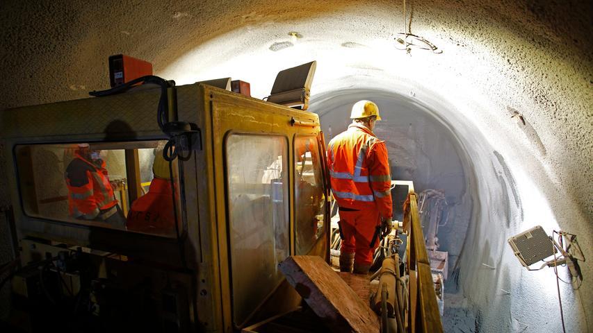 Nürnberg  , am 23.03.2021 Ressort: Lokales  Foto: Michael Matejka Rothenburger Sraße, U-BAHN BAUSTELLE U-Bahn-Baustelle Kleinreuth (Unterquerung des Main-Donau-Kanals!) Serie:1 Bild von 25