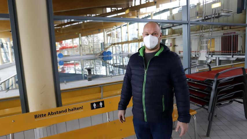 Betriebsleiter Christian Lenkl hat auch im Lockdown ein Auge auf sein Königsbad. Im Herbst könnte die lang geplante Sanierung starten.