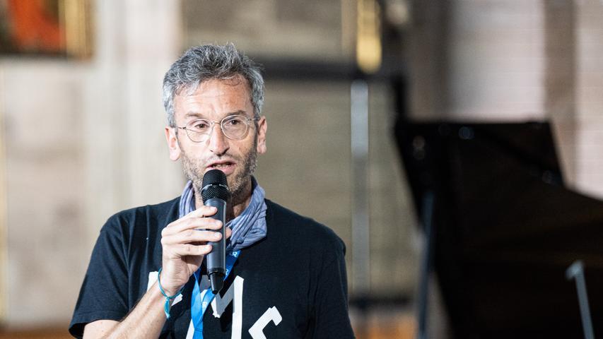 Hat dem ION-Programm mit kluger Reduktion viel Tiefe gegeben: ION-Intendant Moritz Puschke.