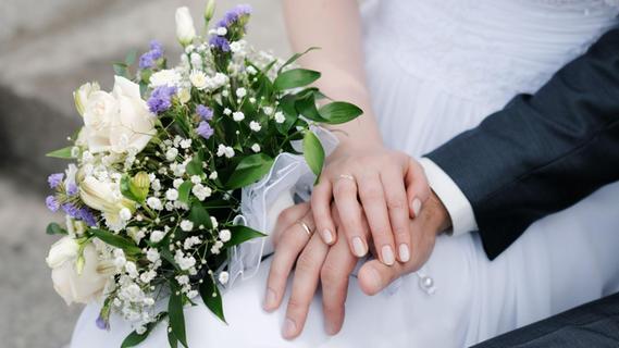 Corona: Heiraten ohne rauschendes Fest