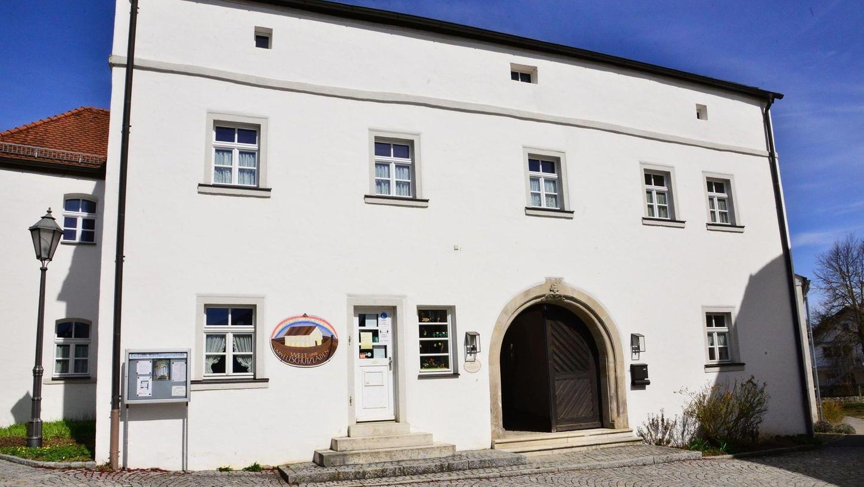 Evangelisches Gemeindehaus in Nennslingen. Hier wird ab dem Gründonnerstag eine Corona-Schnellteststation eingerichtet.