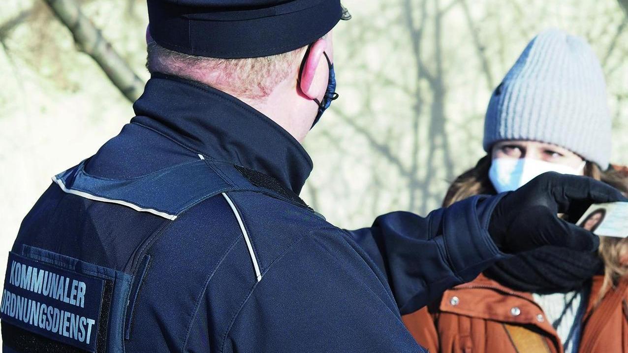 Mit dem neuen Ordnungsdienst will der Zweckverband Brombachsee die zum Teil vielen Regelverstöße zumindest verringern.