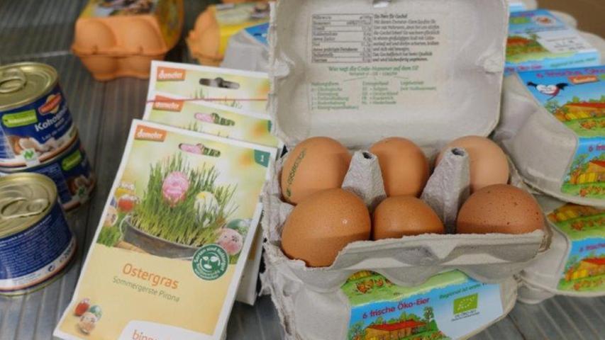 Die Eier, die mit der Abokiste geliefert werden, stammen von einem Bruderhahn-Projekt. Auch für exotische Früchte und Gemüsearten gibt es Lieferkontrakte.