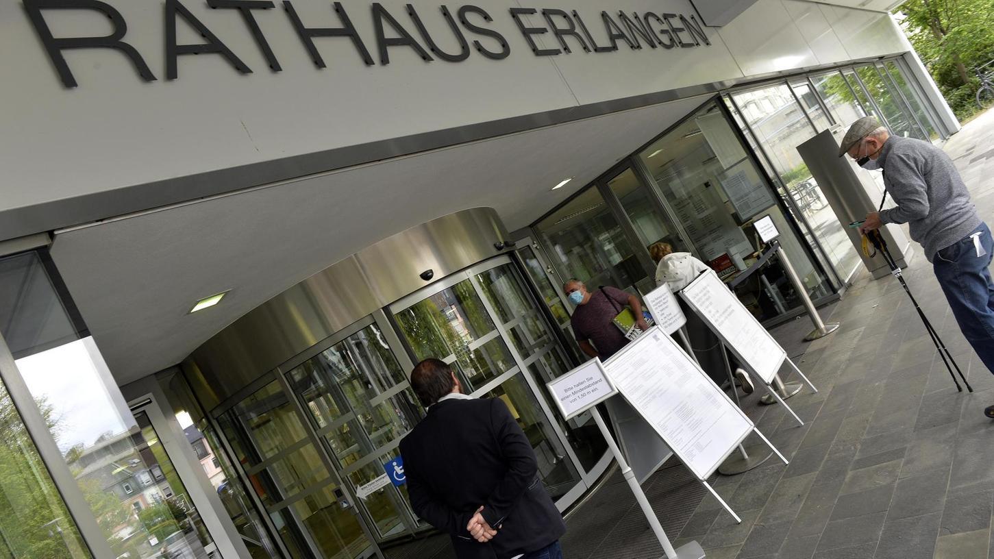 Die Durchsuchung der Fraktionsräume von Grüne/Grüne Liste war rechtswidrig. Zu diesem Ergebnis ist jetzt das Landgericht Nürnberg-Fürth gekommen.