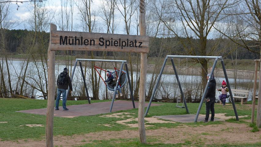Brombachsee Radtour am Ostersamstag 2021, Mühlenspielplatz Mühlen Spielplatz Enderndorf Foto: Jürgen Eisenbrand 3. 4. 2021