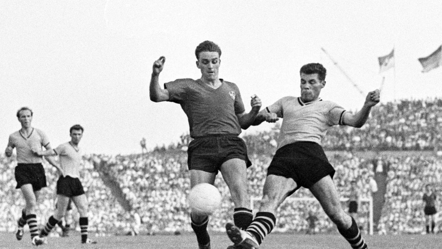 Deutscher Meister mit den jungen Wilden: Gustl Flachenecker (links, gegen Lothar Geisler) beim 3:0-Endspielsieg über Borussia Dortmund.
