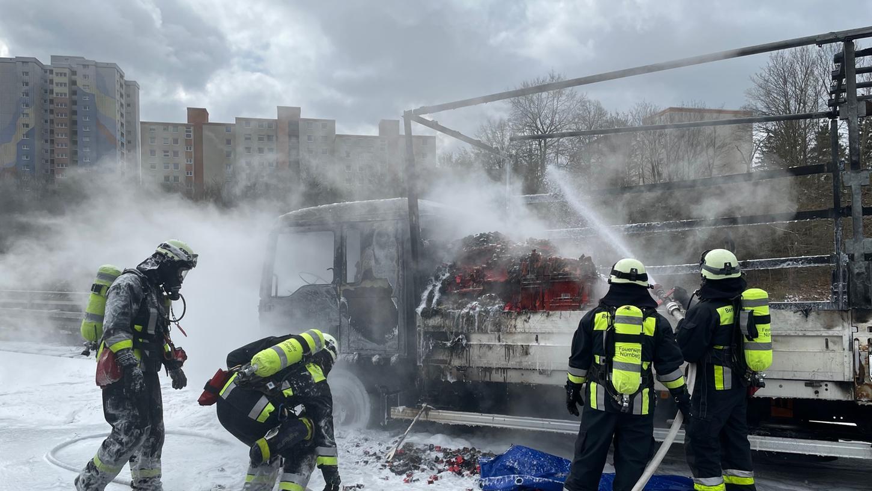Ein Großaufgebot der Feuerwehr war im Einsatz.