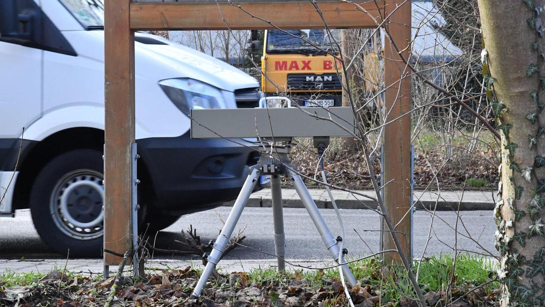 """Die Blitzgeräte des Zweckverbandes kommunale Verkehrssicherheit Oberpfalz müssen sozusagen zum """"TÜV"""": Der Hersteller hat Abweichungen bei den Messergebnissen nicht ausgeschlossen."""