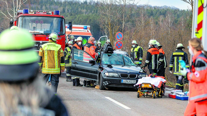 Dieser Unfall bei Langlau forderte einen Schwerverletzten, der mit dem Rettungshubschrauber ins Krankenhaus gebracht werden musste.