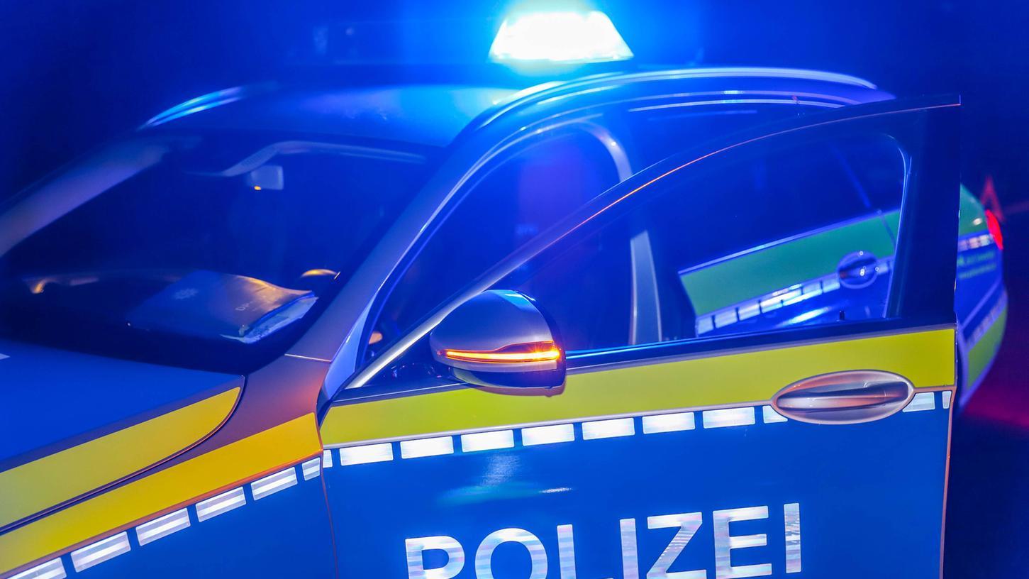Die Polizei wurde zu einem Unfall gerufen, bei dem ein vierjähriges Kind angefahren wurde.