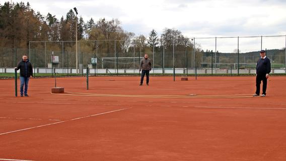 Michelfelder Tennisplätze sind fertig – doch spielen ist noch tabu