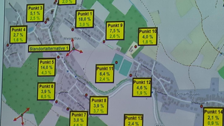 Auf der Karte von Wiesenthau zeigte sich, welcher der beiden Mast-Standorte die geringeren Auswirkungen hat.