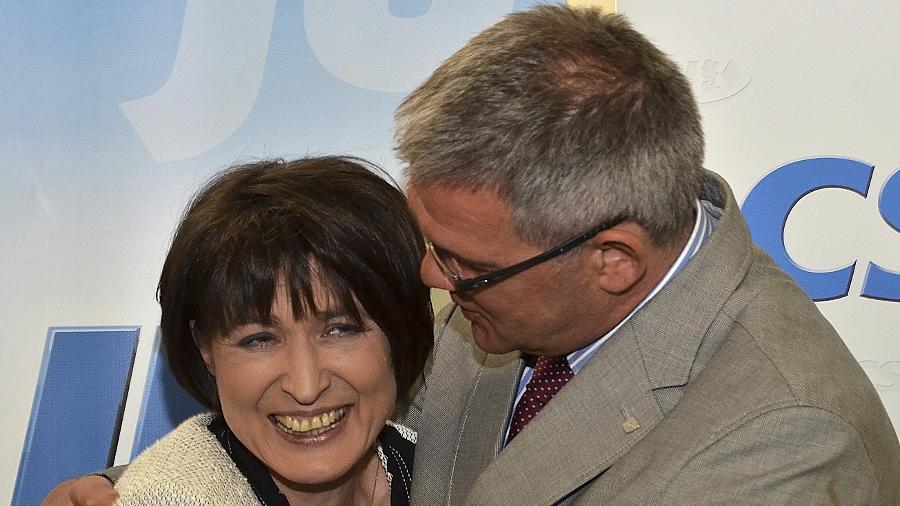Von Adelheid Seifert erhofft sich Jürgen Grötsch (rechts), woran er selbst vor fünf Jahren scheiterte: Sie soll Amtsinhaber Thomas Zwingel in der Wählergunst übertrumpfen.
