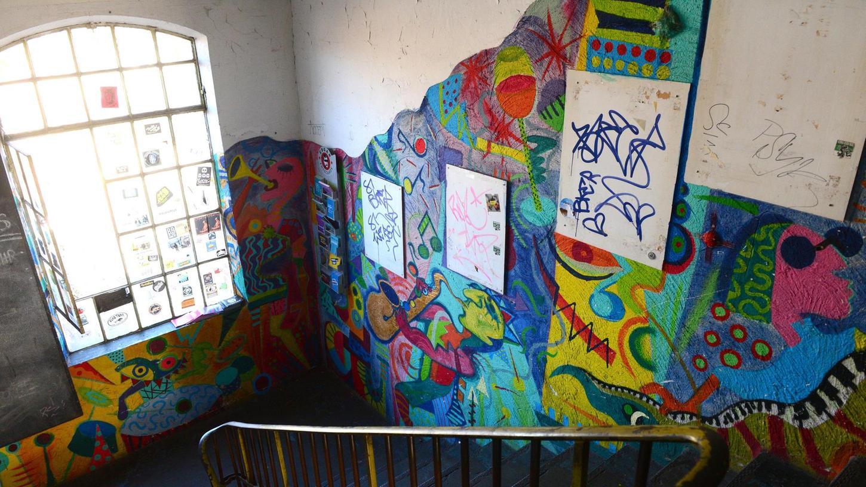 """Da passiert nichts, was harakirimäßig wäre"": Blick ins Treppenhaus der Kofferfabrik."