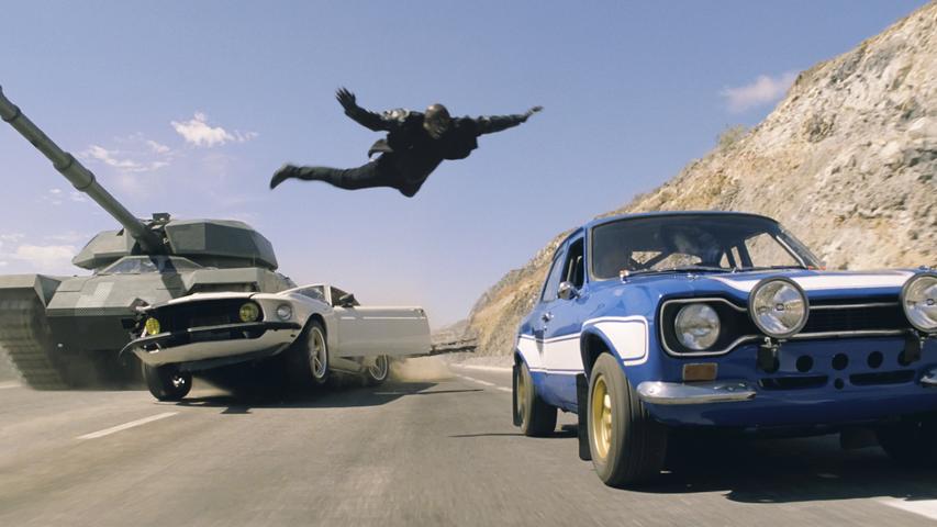 Harte Kerle, schnelle Autos und viele Explosionen: Sage und schreibe neun Filme zählt die