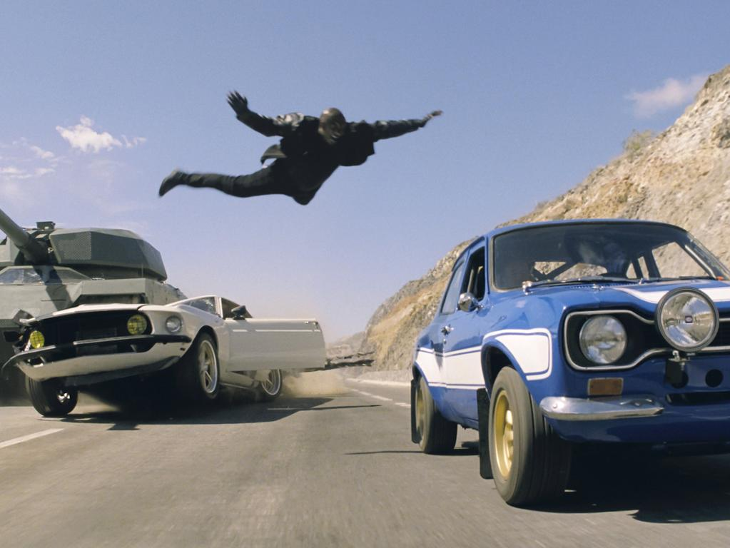 HANDOUT - Roman Pearce (Tyrese Gibson) in einer Szene des Kinofilms «Fast and the Furious 6» (undatierte Filmszene). Der Actionthriller kommt am 23.05.2013 in die deutschen Kinos. Foto: Universal