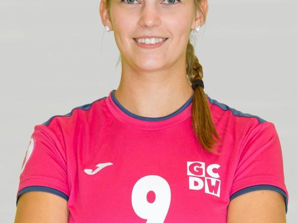 """""""Pink Lady"""": Carolin Lauche spielte sechs Jahre für die DJK SB München Ost, zwei davon in der 2. Bundesliga."""