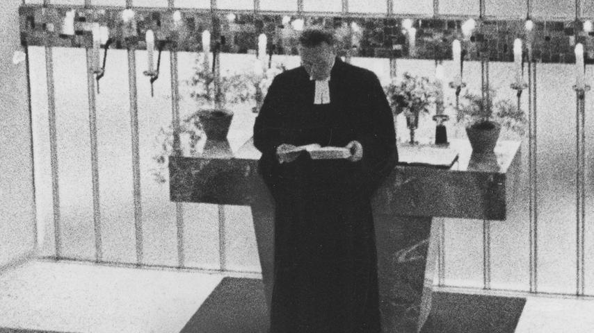 """Trauungszeremonie mit """"Treulich geführt"""" oder Händels """"Largo""""? Hier geht es zum Kalenderblatt vom 21. April 1971: Hochzeitsmarsch fällt aus"""