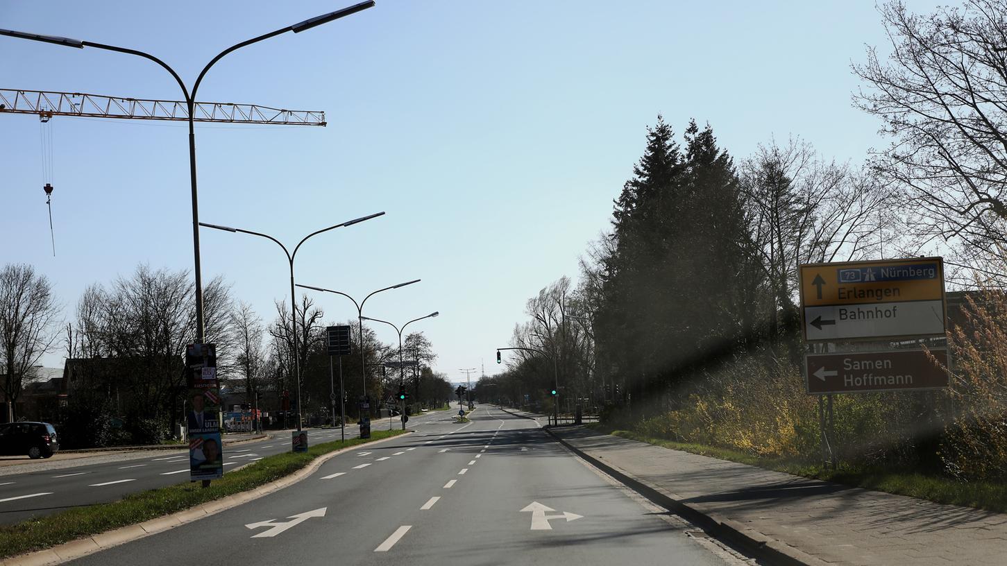 Plötzlich leere Straßen prägten den ersten Lockdown im März 2020, hier die sonst sehr belebte Willy-Brandt-Allee in Forchheim.