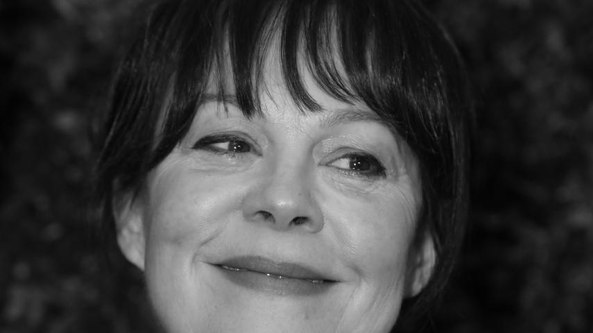 Fans von Harry Potter kennen Helen McCrory als Mutter der Malfoy-Familie. Doch die britische Schauspielerin verkörperte etliche weitere Rollen. Nun ist sie mit nur 52Jahren an Krebs gestorben.