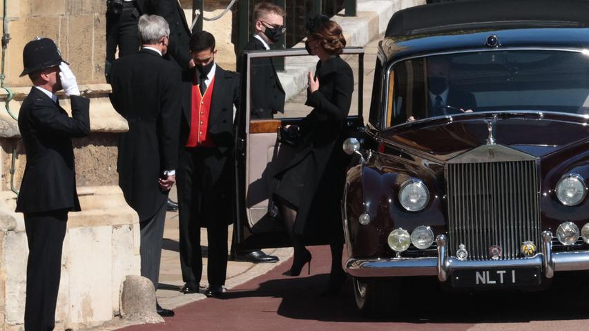Britain's Catherine, Duchess of Cambridge arrives for the funeral service of Britain's Prince Philip, Duke of Edinburgh inside St George's Chapel in Windsor Castle in Windsor, west of London, on April 17, 2021. - Philip, who was married to Queen Elizabeth II for 73 years, died on April 9 aged 99 just weeks after a month-long stay in hospital for treatment to a heart condition and an infection. (Photo by HANNAH MCKAY / POOL / AFP)