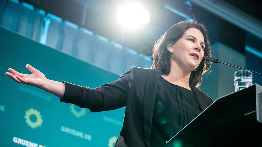 Mit ihrer Familie lebt Baerbock in Potsdam, wo sie sich um ein Direktmandat bewirbt - größter Konkurrent im Wahlkreis ist Bundesfinanzminister Olaf Scholz (SPD).