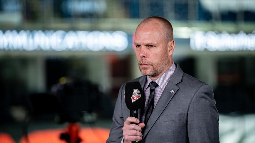 Hocherfreut: Nürnbergs Sportdirektor Stefan Ustorf äußert sich sehr zufrieden über den Verbleib Treutles.