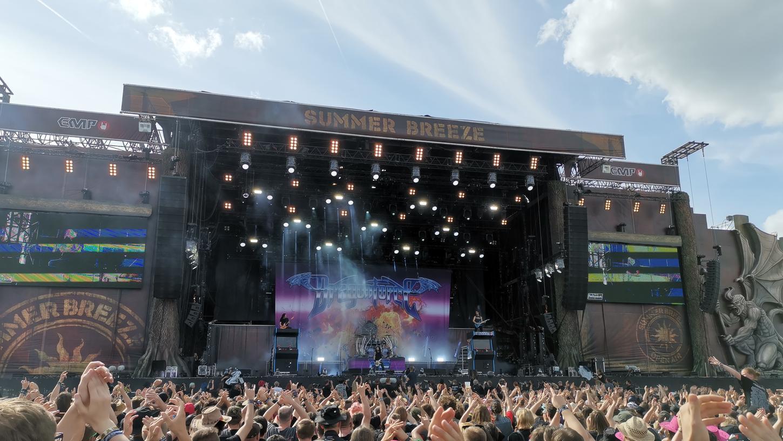 45.000 Menschen fanden sich 2019 wieder zur größten Metal-Sause in Süddeutschland ein. Das Summer Breeze Open Air lockte die Besucher mit 120 Bands an die Bühnen.