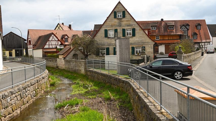 20210416_Hausen_..1. Bürgermeister Bernd Ruppert CSU....Hausen - MITTEN UNTER UNS _..Abrechnung: Pauschale..RESSORT: Lokales ZEITUNG: NN Ausgabe: FOR..DATUM: 16.04.2021..FOTO: Berny Meyer..MOTIV: Hausen_........ABRECHNUNG: Pauschale ( X ) / Einzeltermin ( )..